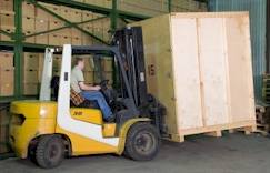 warehouse vaults_forklift_1
